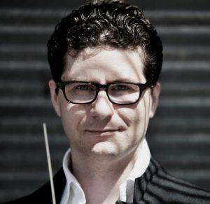 Luis Andrade cellist van het orkest Phion onder leiding van Otto Tausk